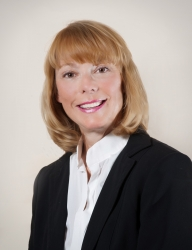 Lakefront Living International Welcomes Karen Millikan of Tennessee to Its Family of Lakefront Living Realty Offices