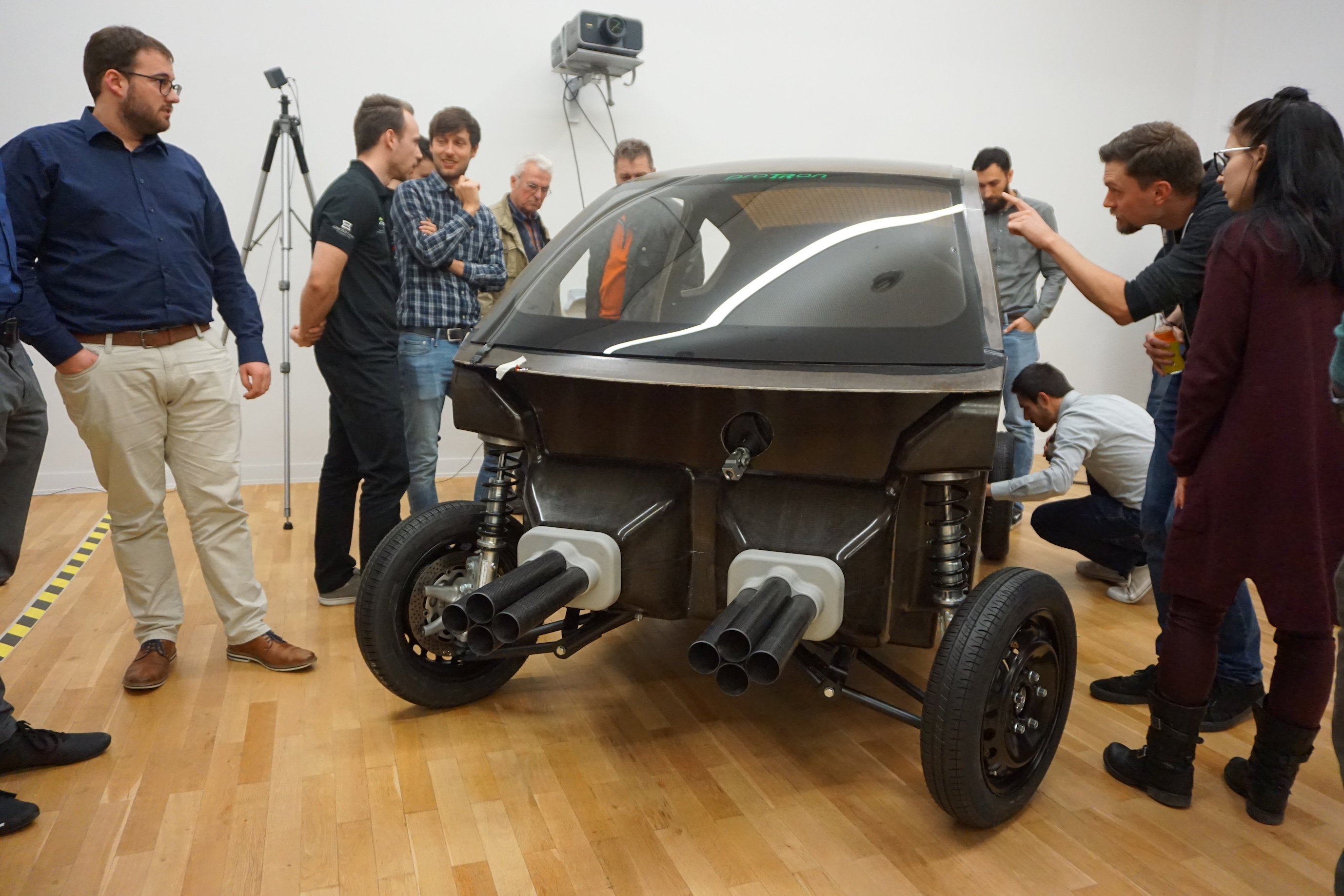 Carlex Installs a Piece of Luxembourg in the State-of-the-Art Car of the Future