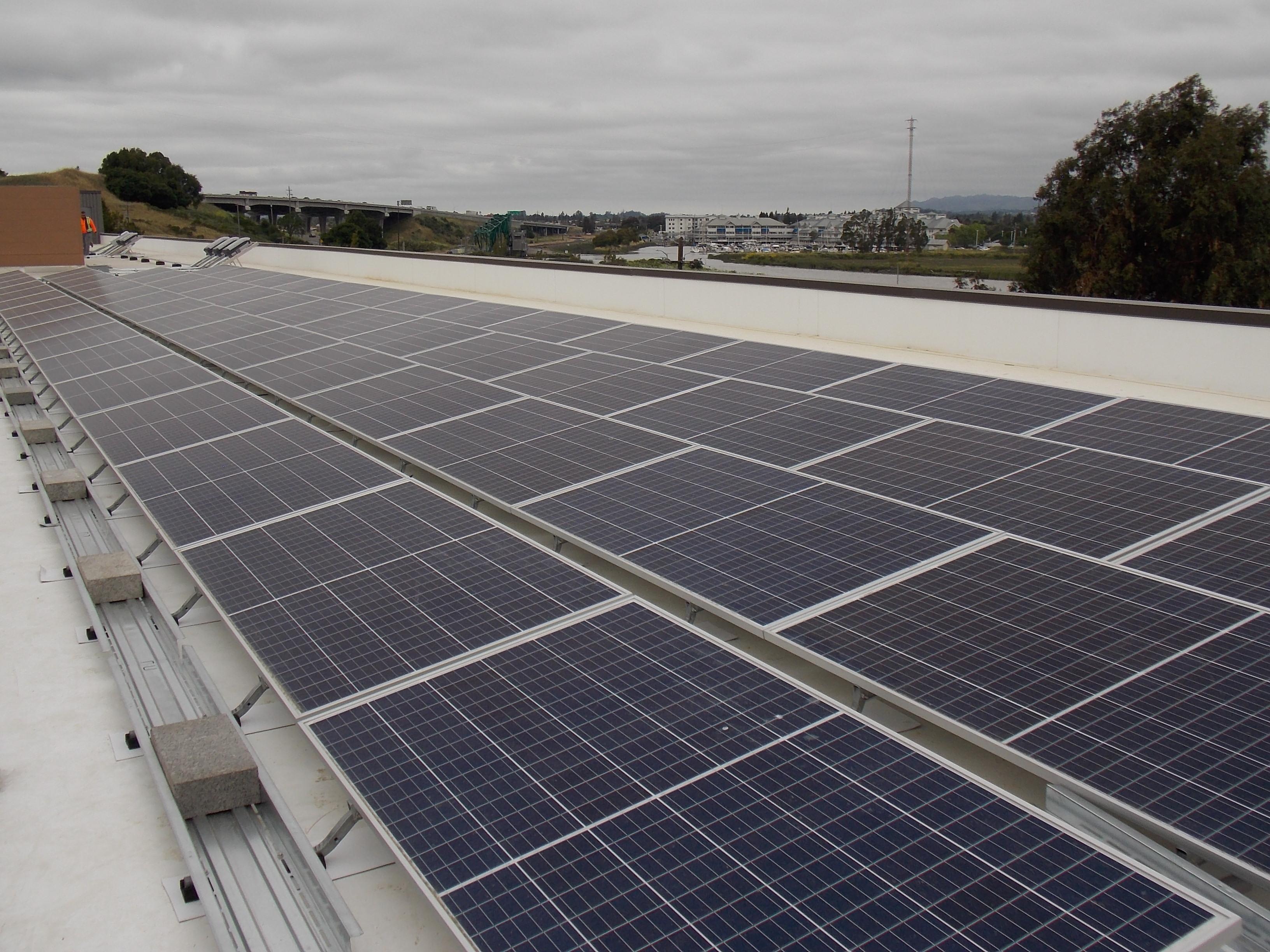 SolarCraft Completes Solar Power System at Petaluma Public Storage - North Bay Storage Facility Goes Solar and Saves on Energy Bills