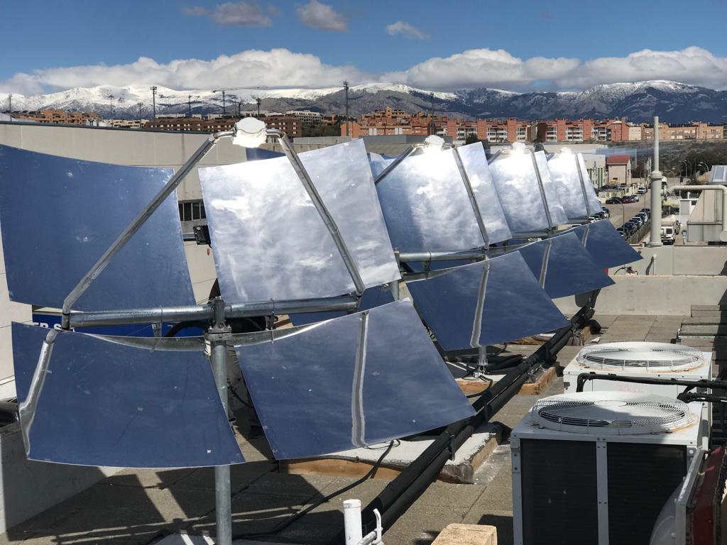 Off-Grid Supply Launches Innovative 360º Solar Panel Water Heating Solution
