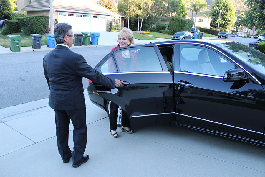 Ground Travel Solutions, a Collection of Limousine Companies Aligning to Assist Aging Americans Stuck in Florida