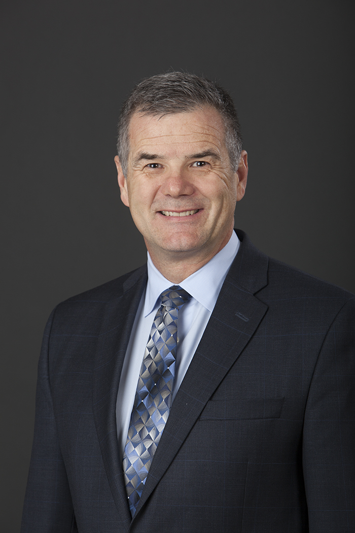 OrthoNeuro's Mark Gittins is One of Three Orthopedic Surgeons Worldwide to Utilize New Handheld Robotics Platform
