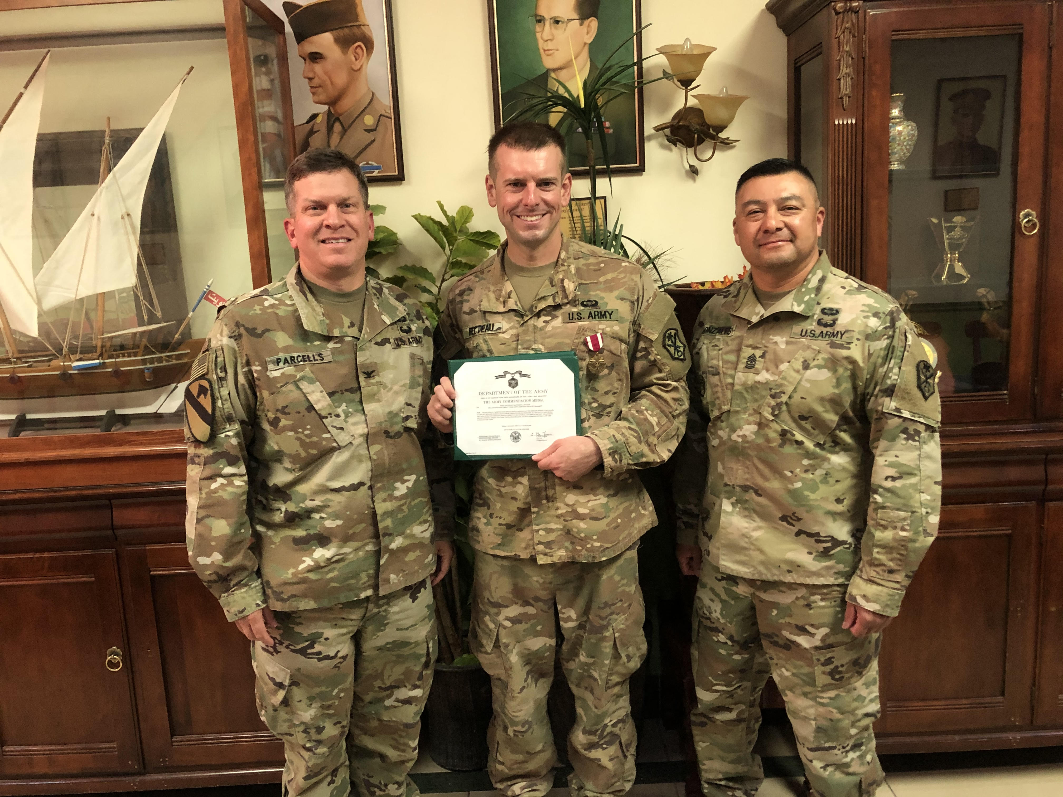 Fecteau Awarded the Meritorious Service Medal