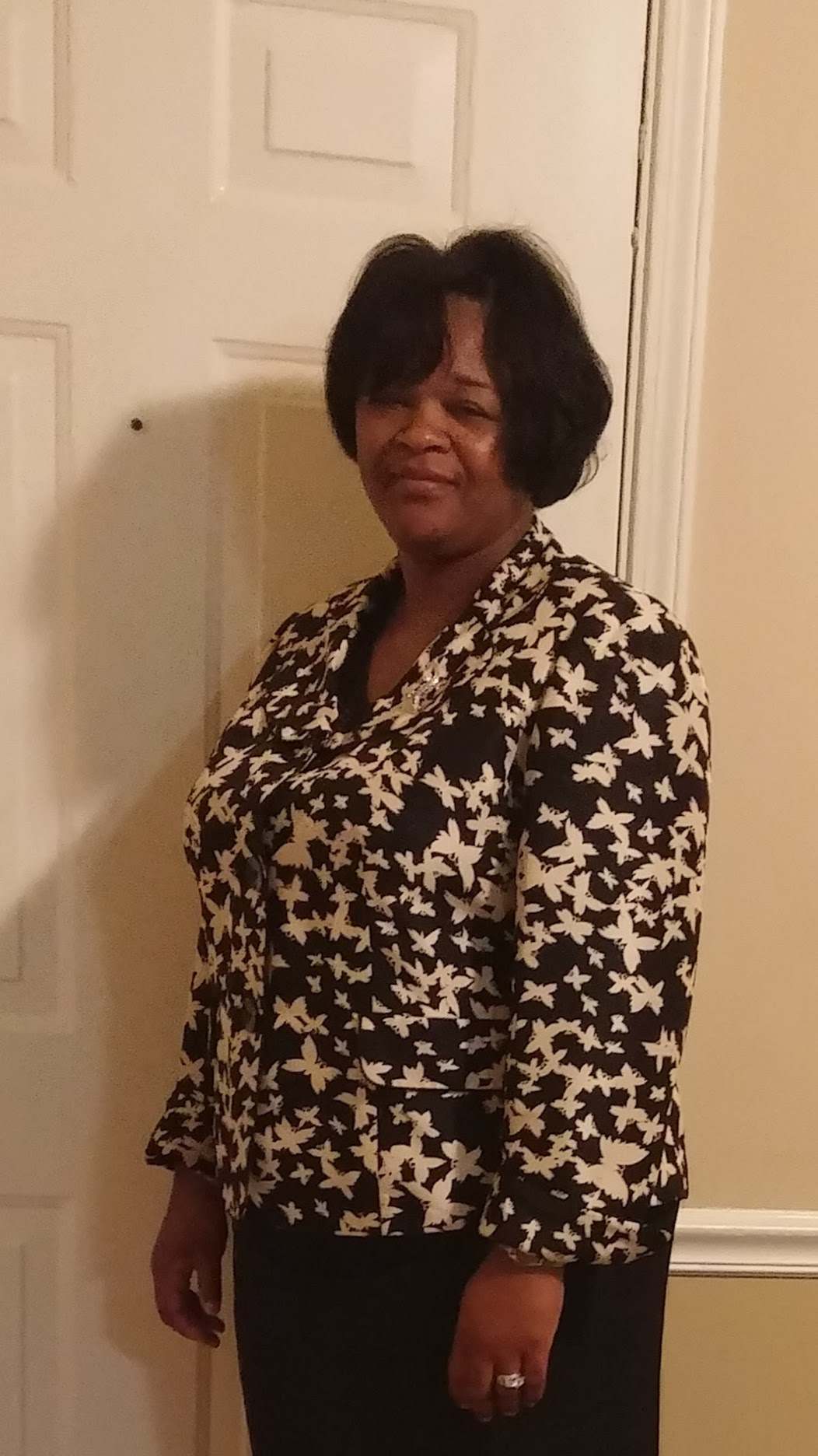 Tammie E. Ward Honored as a Woman of the Month for August 2020 by P.O.W.E.R. (Professional Organization of Women of Excellence Recognized)