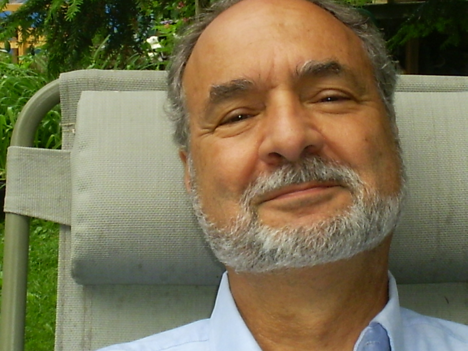 Manimas Offers Electoral Vote Donation to DNC