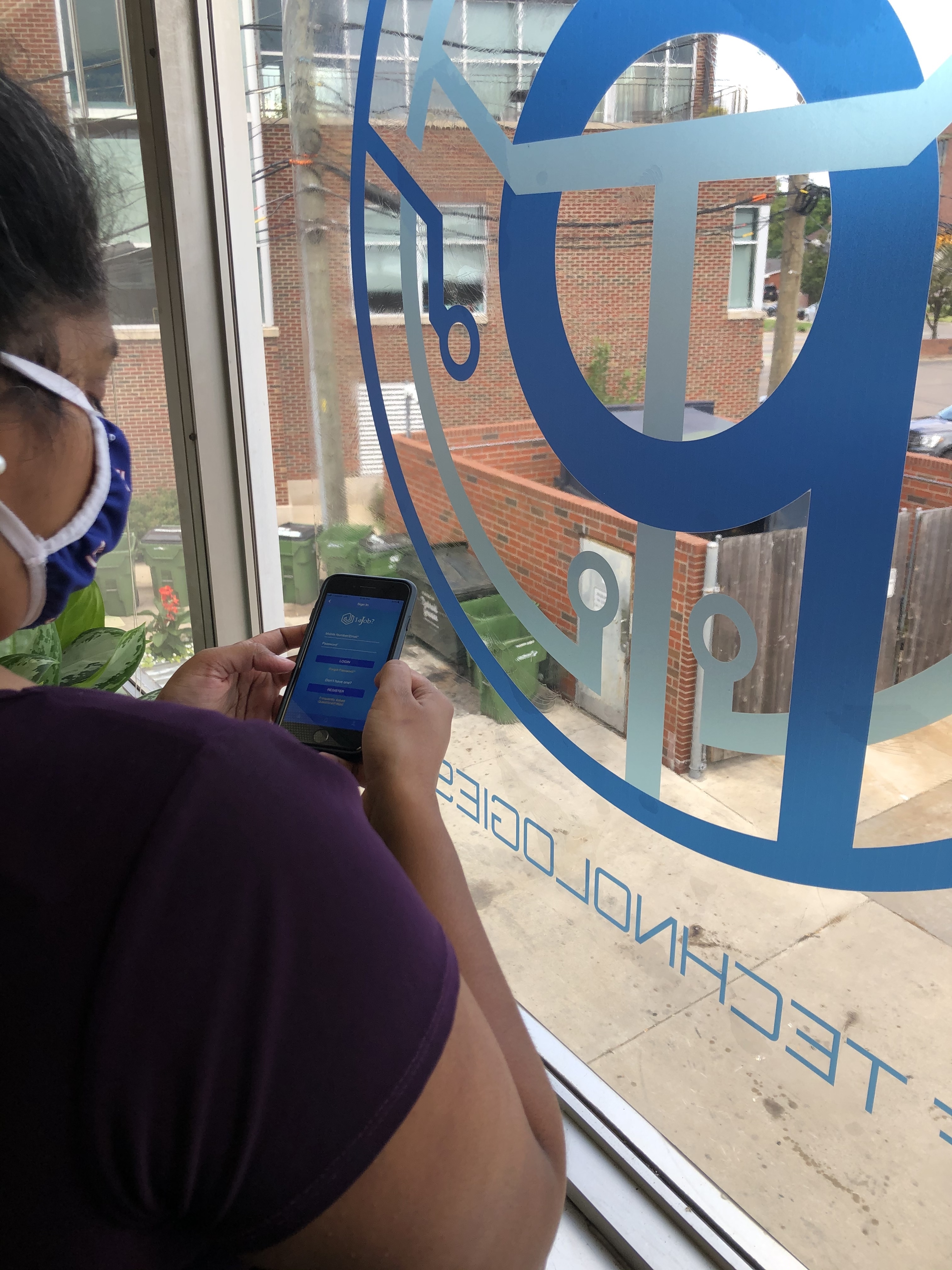 Wanna Job? New Fast, Free App Virtually Connects Job Seekers with Employers Amid COVID-19 Crisis