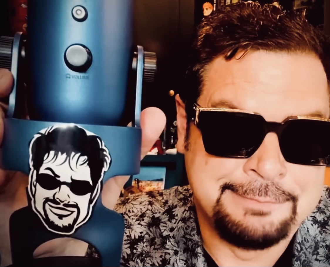 """Radio Legend """"The Mancow"""" Launches an Explosive Controversial Live Broadcast"""