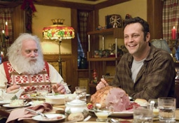 Paul Giamatti & Vince Vaughn in Fred Claus