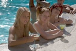 Nude Resort Vacations Thrive in the Hollywood Celebrity Scene ...