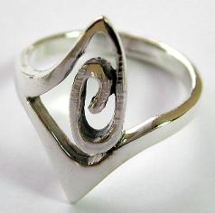 Hippie jewelry and new age gift wholesaler supply spiral mystical pattern ring silver jewelry
