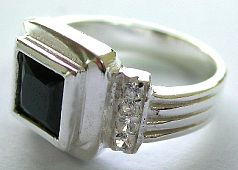 Jewelry ring supply and wholesale company offer onyx and cz sterling silver rings