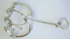 Fashion jewelry distributors wholesale Fashion slave bracelet with mini clear cz in the middle of st