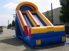 INFLATABLE SLIDE. NAME  20 FOOTER BACKYARD SLIDE. SIZE -20Hx12Wx25L