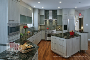 Contemporary Kitchen Design for a Schaumburg Townhome