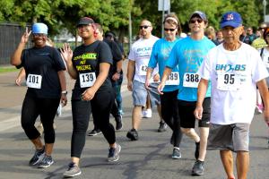 Happy walkers in 2017 Brain Health to Beat Stroke 5K - Stockton, CA