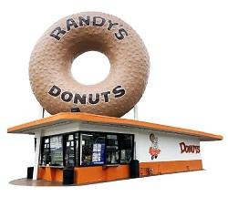 Iconic Randy's Donuts Inglewood