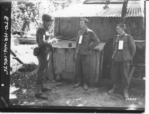 Martin Selling takes German POWs