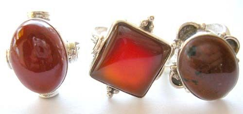 Sterling silver ring with assorted color and design genuine agate stone inlaid at center