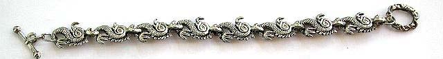 Mini dragon forming fashion bracelet with toggle clasp