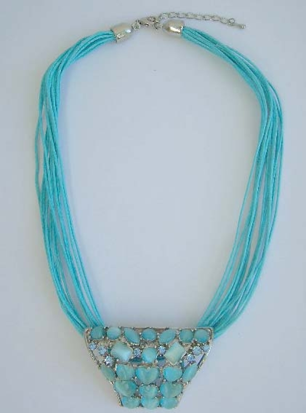 Manufacturer of ashion costume jewlery Fashion necklace with multi blue strings with heart shape cat